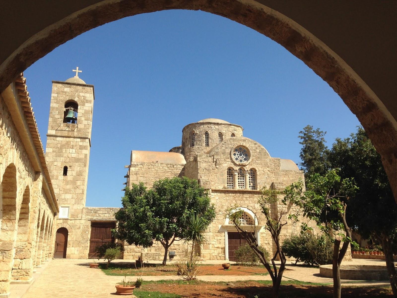 Фото Монастырь Святого Варнавы