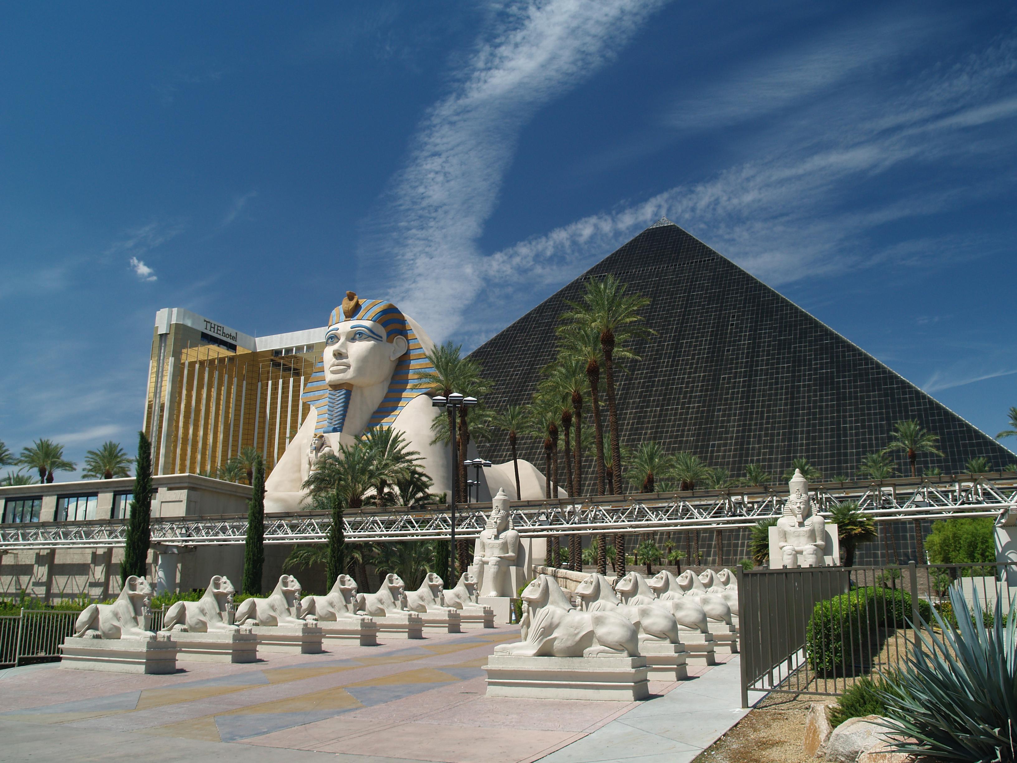 I казино пирамида гранд казино онлайн вход зеркало