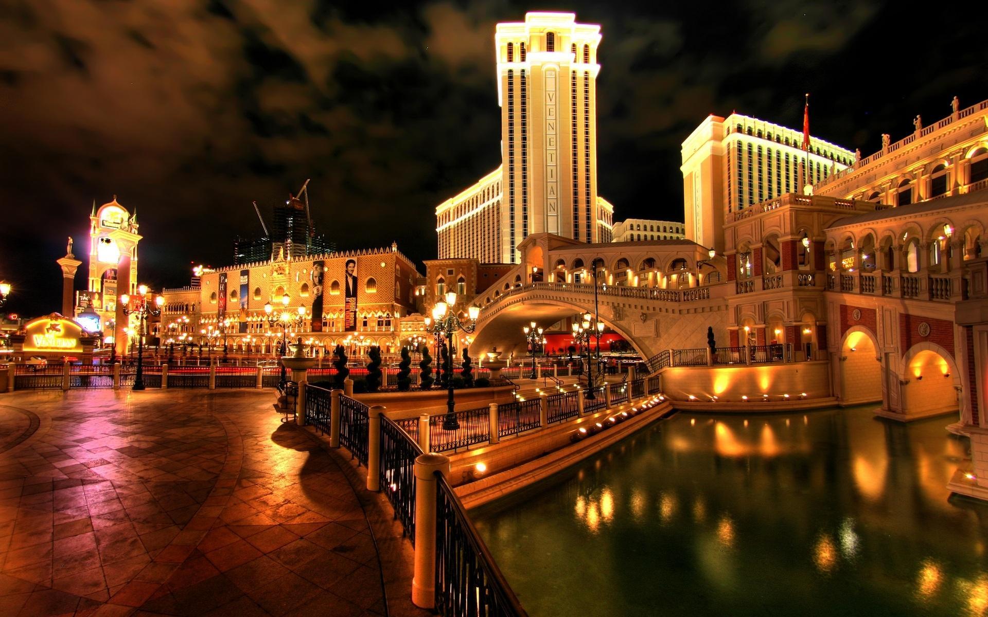 Отдых в венеции казино виртуальные игровые автоматы игра на интерес